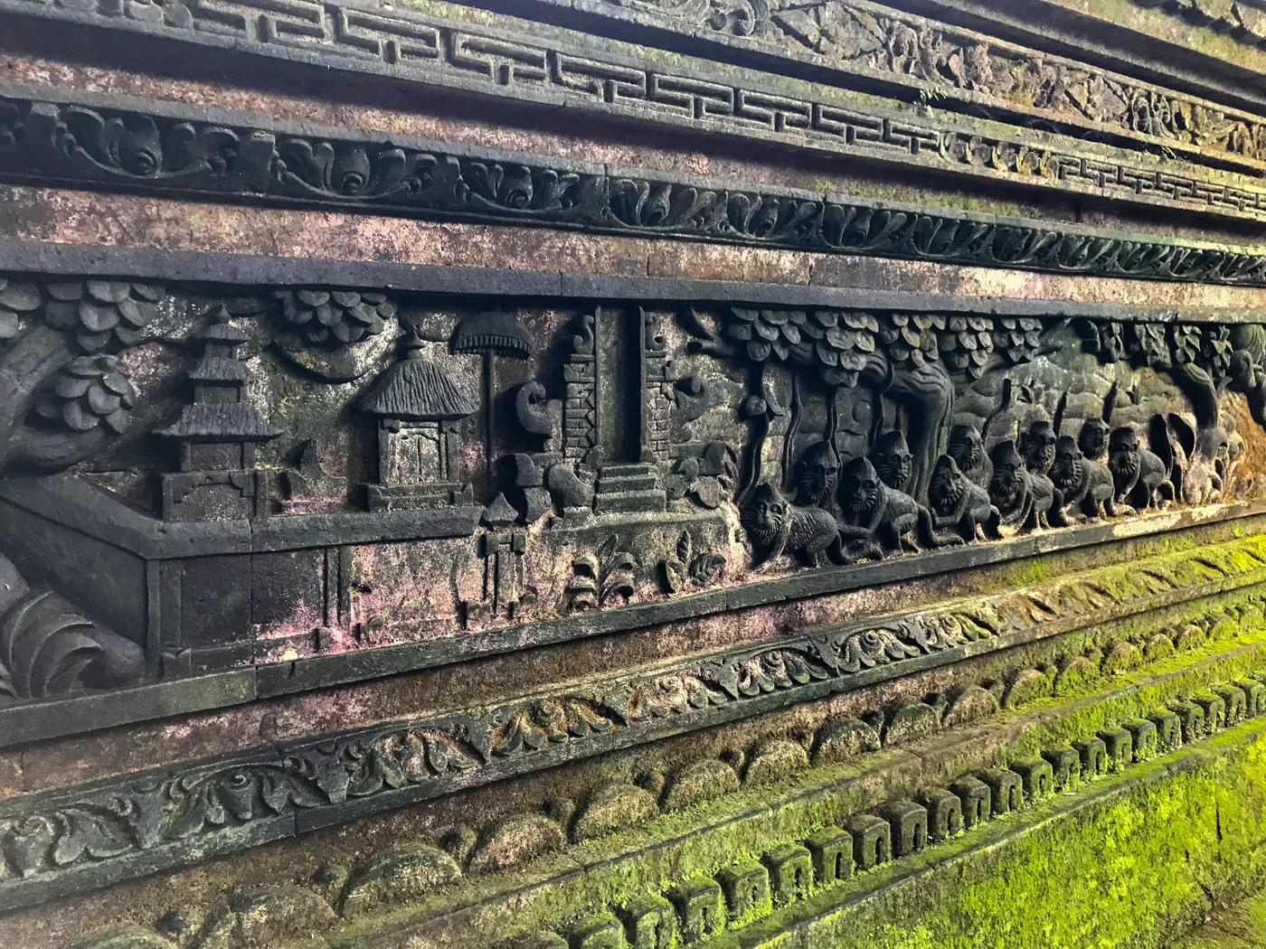 Ubud Indonésie Bali voyage monkey forest bas relief temple
