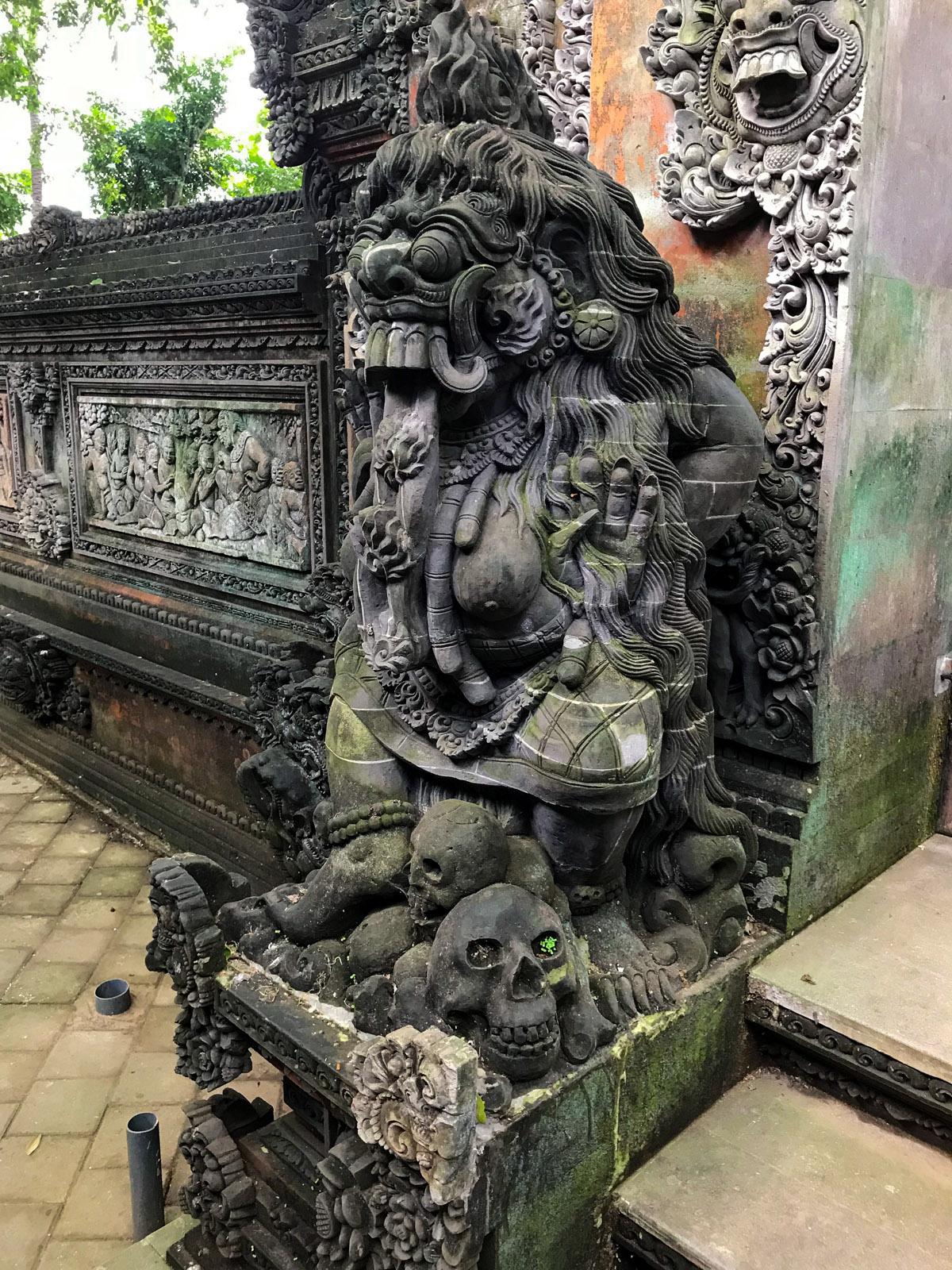 Ubud Indonésie Bali voyage monkey forest sculpture temple