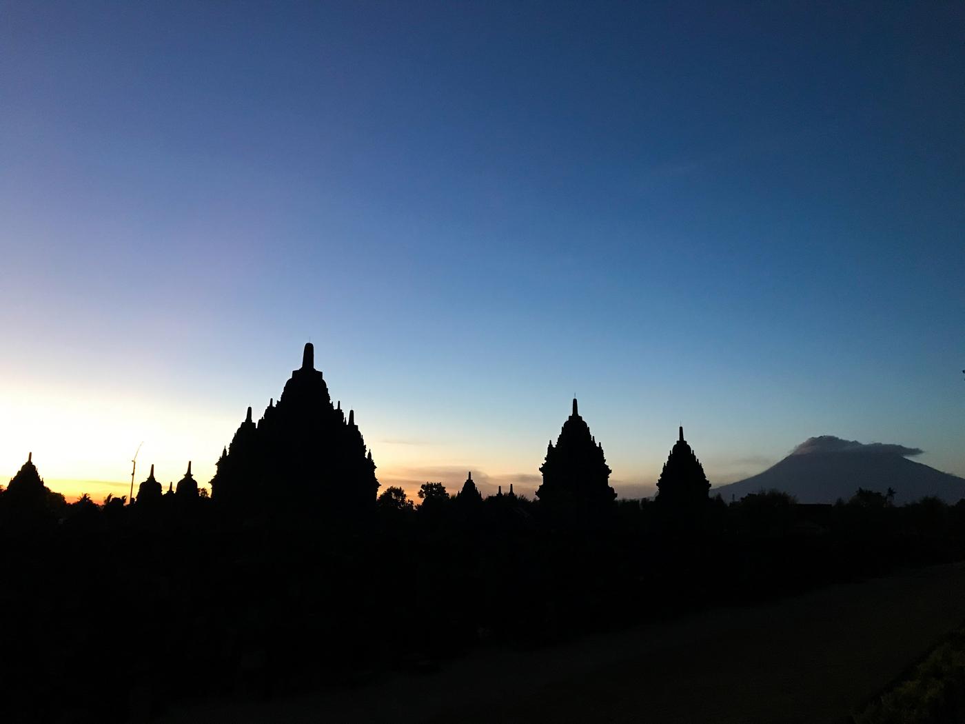 Prambanan Java Indonésie borobudur temple blog voyage Hindou Nuit