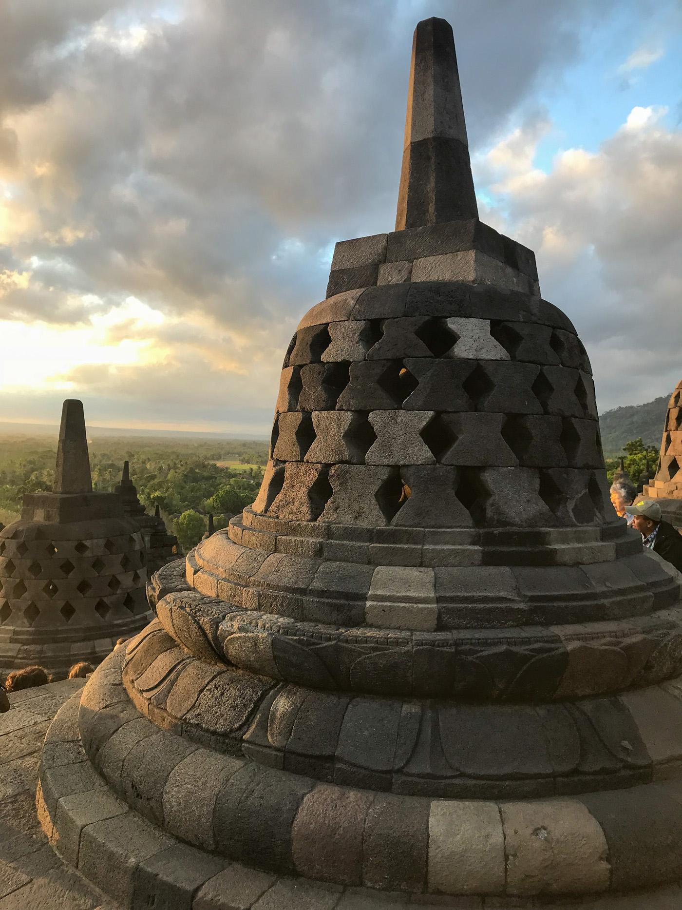 Yogyakarta Java Indonésie borobudur temple blog voyage Bouddha Stupa