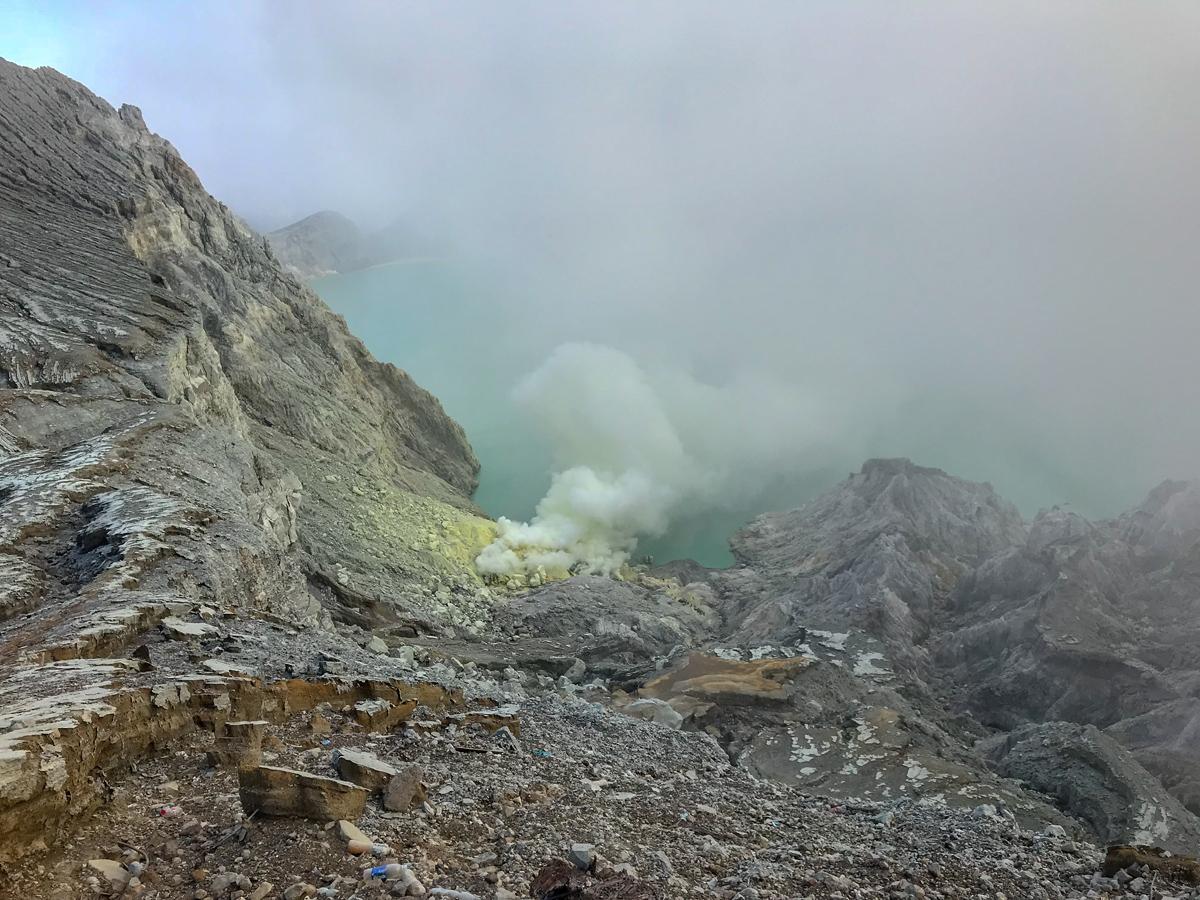Java Indonésie Kawa Ijen volcan soufre
