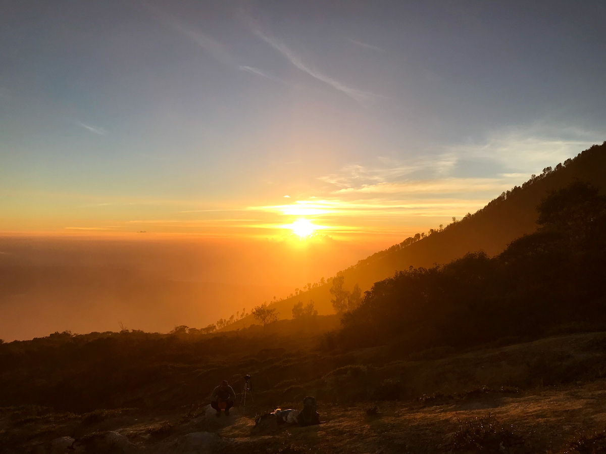 Java Indonésie Kawa Ijen volcan sunrise levée de soleil