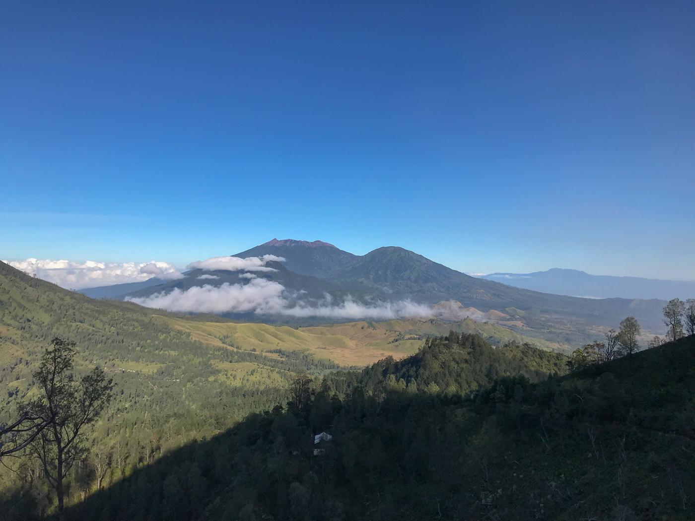 Java Indonésie Kawa Ijen volcan vue foret