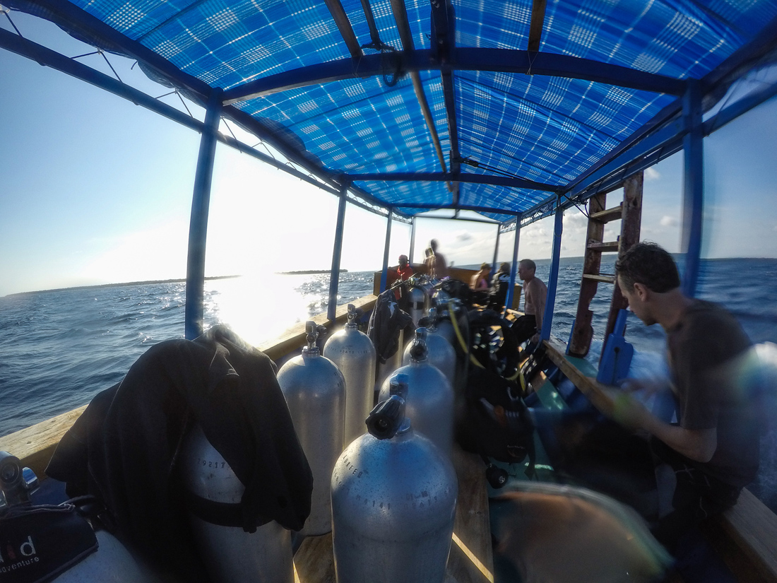 Pantai Bira Sulawesi Indonésie bateau plongée