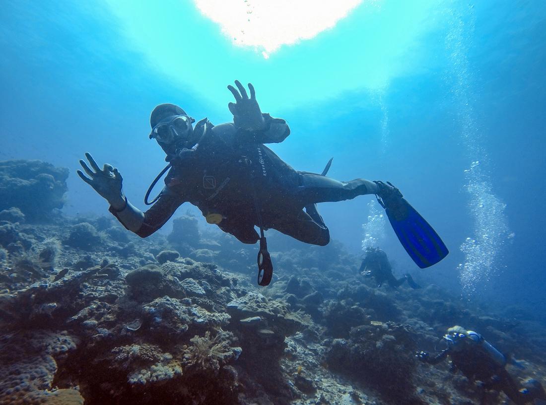 Pantai Bira Sulawesi Indonésie Plongeur