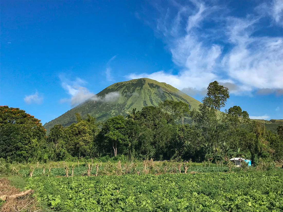 Tomohon Sulawesi Indonésie Volcan Lokon