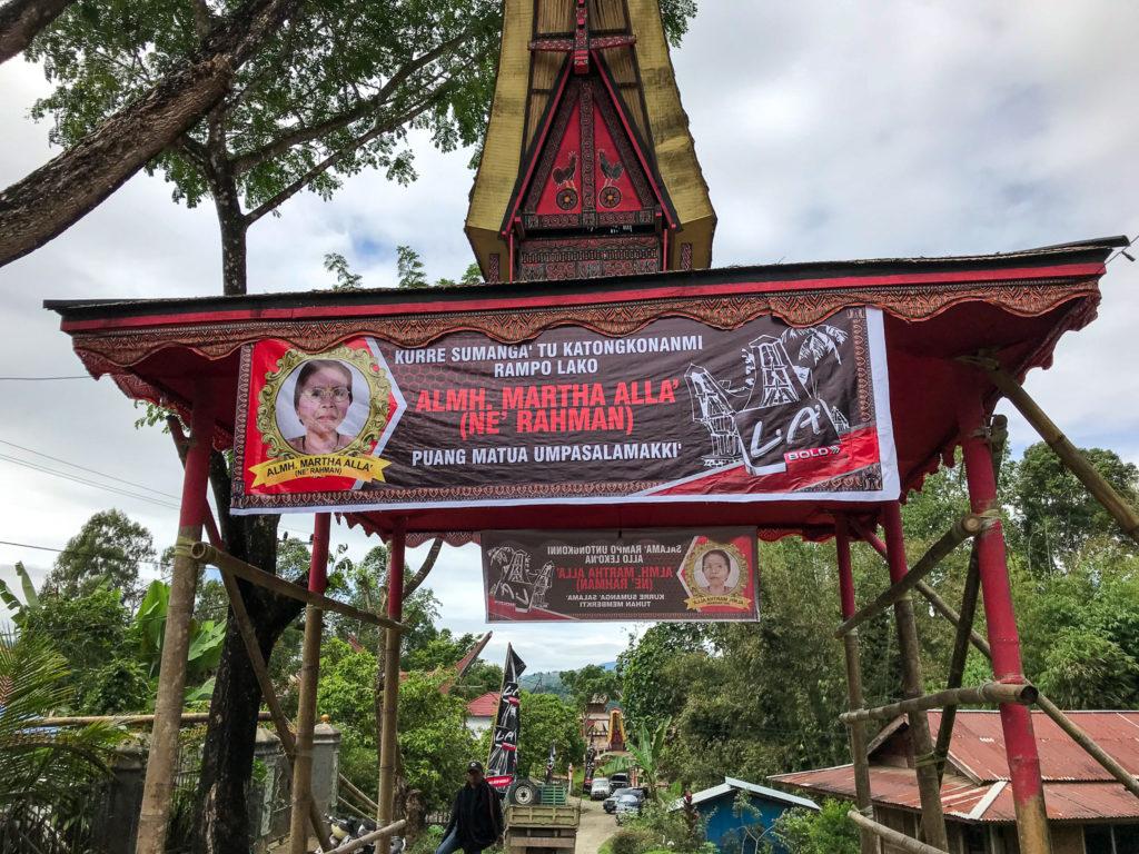 Sulawesi Indonésie Toraja Panneau cérémonie