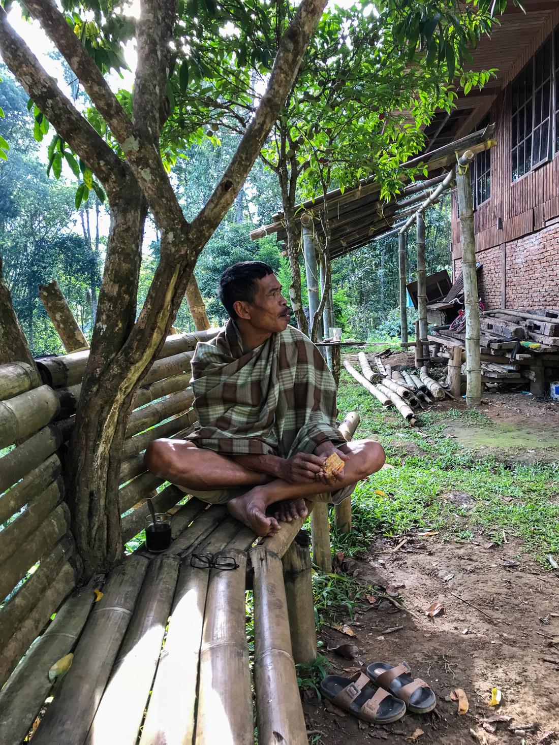 Sulawesi Indonésie Toraja Homme Pana Graves