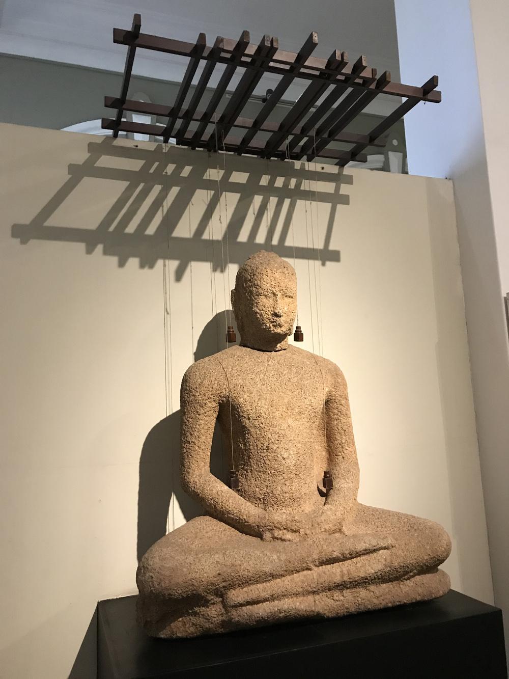 Sri Lanka Colombo Musée Bouddha Statue