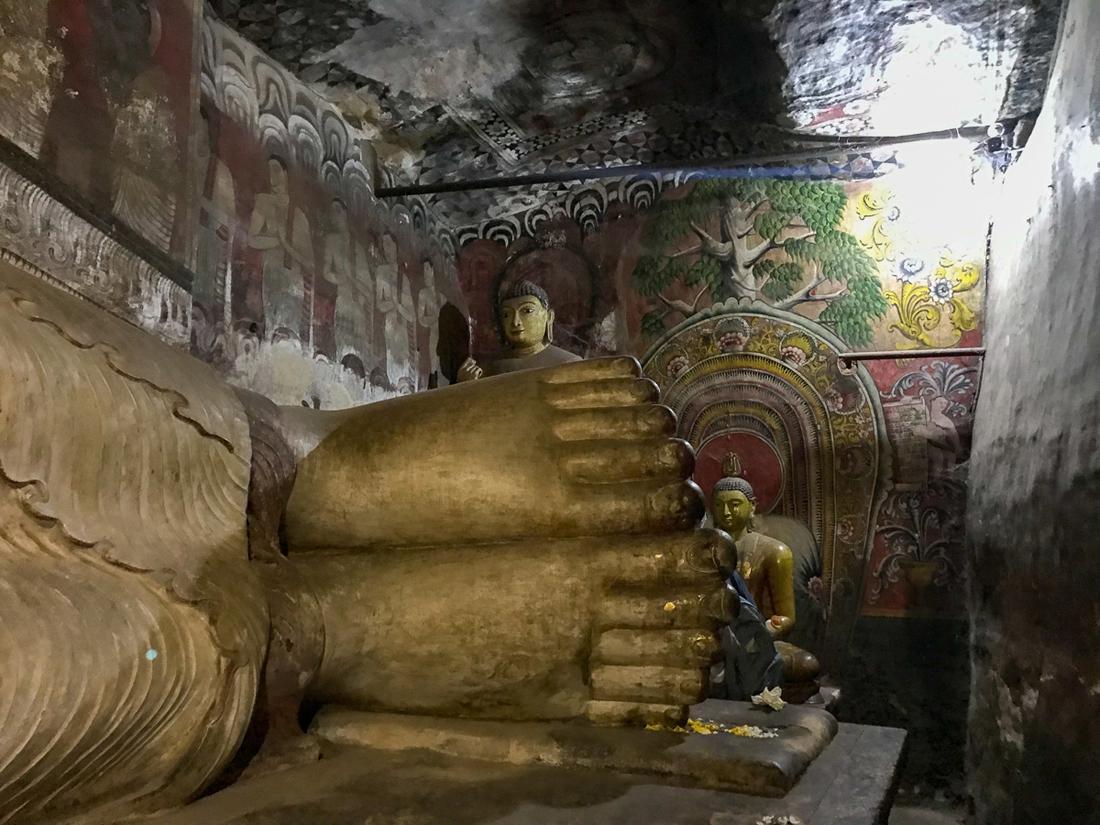 Sri Lanka Dambulla Cave Temple Bouddha Pied