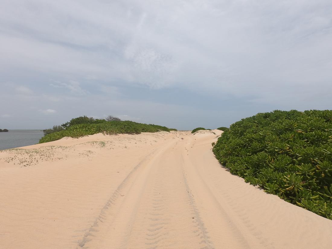 Sri Lanka Kalpitiya Kandakuli Plage Chemin