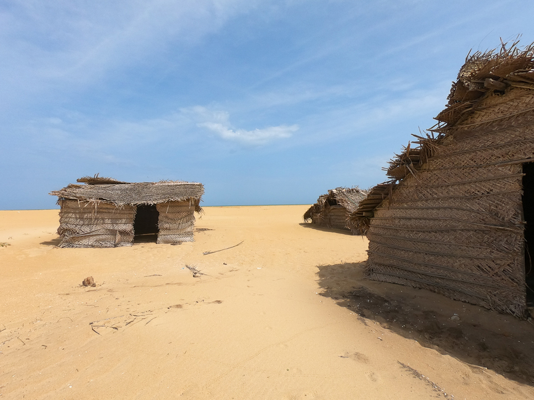 Sri Lanka Kalpitiya Kandakuli Plage Cabane Pecheur