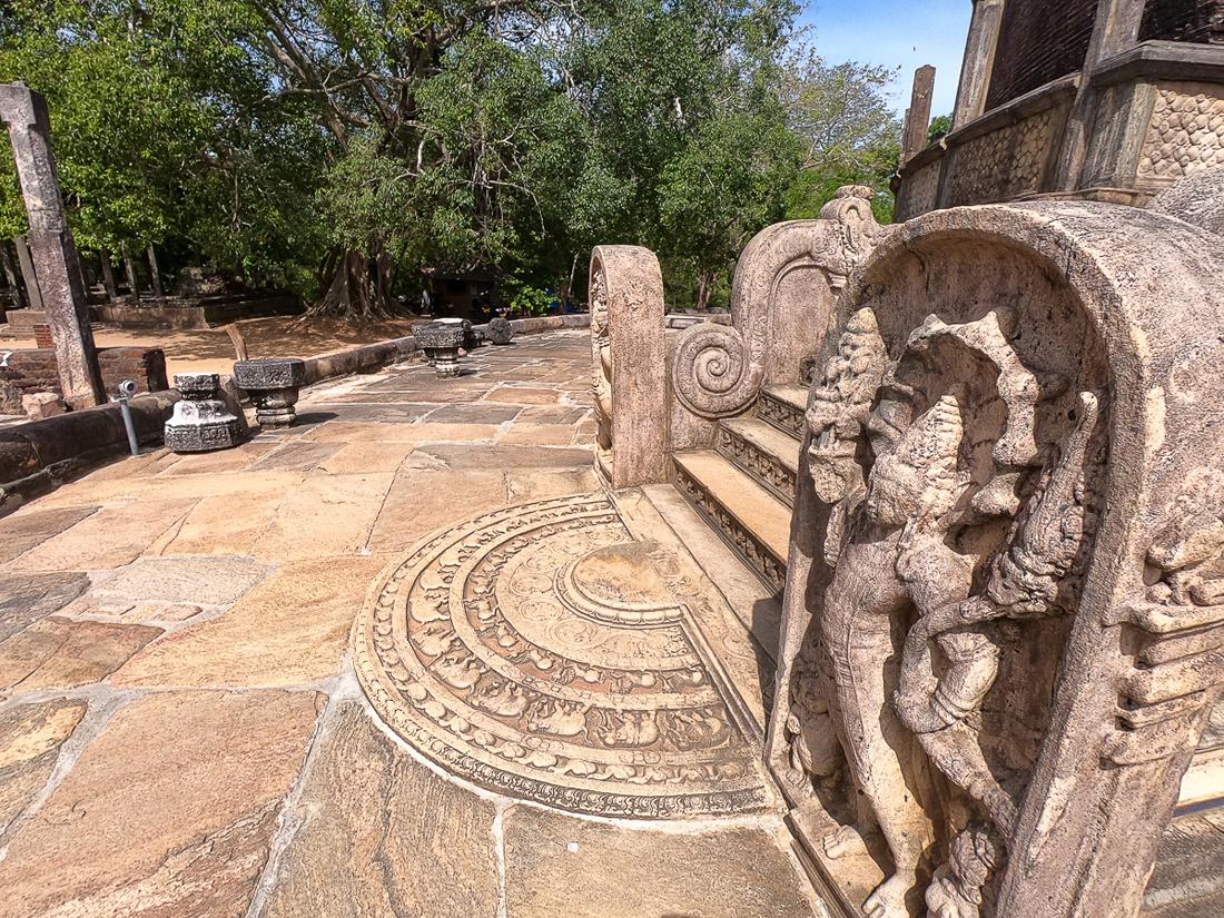 Sri Lanka Polonnaruwa Vatadage Ruine Temple Moonstone Guardstone