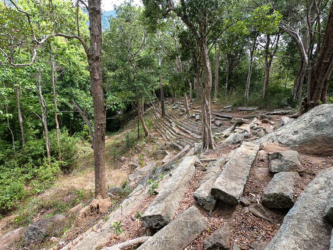 Sri Lanka Ritigala bassin ruines