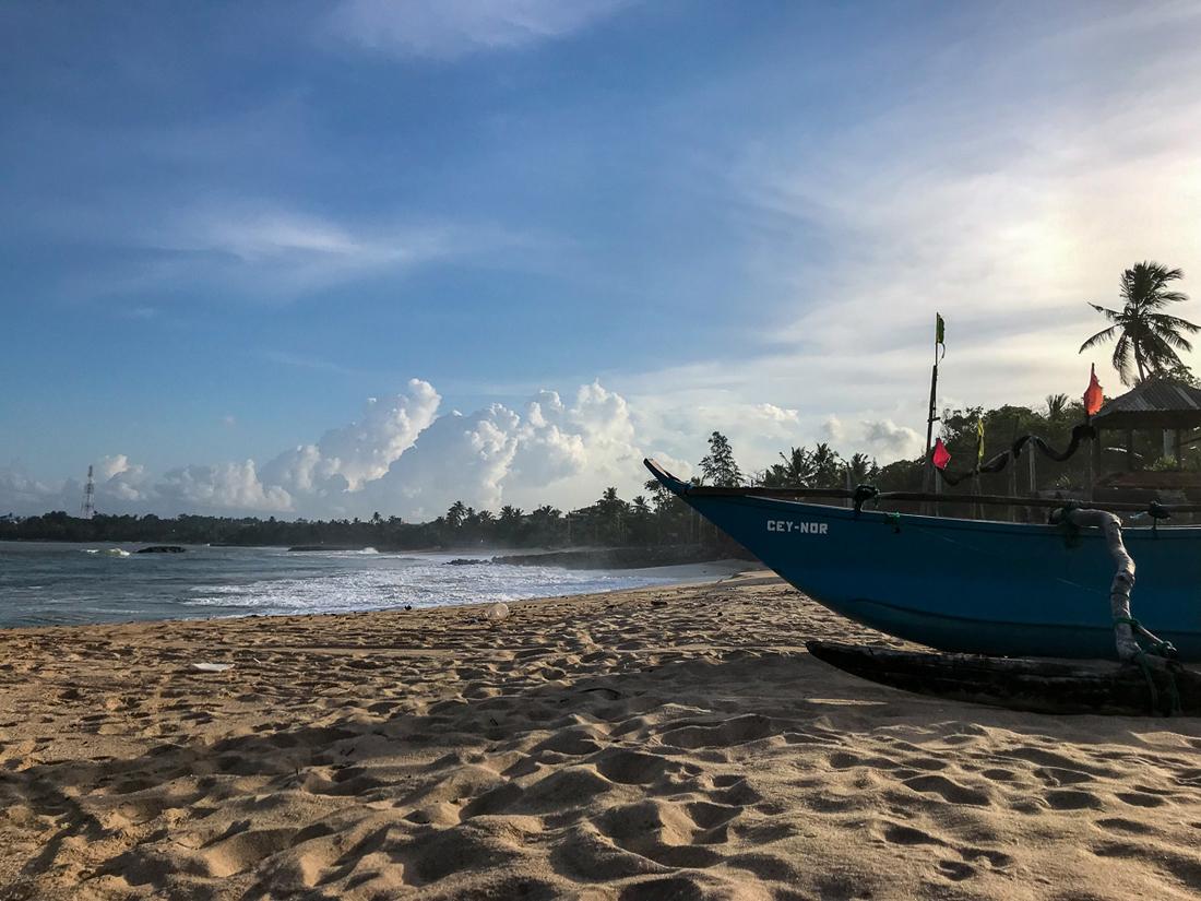 Sri Lanka Goyambokka Tangalle Plage Bateau