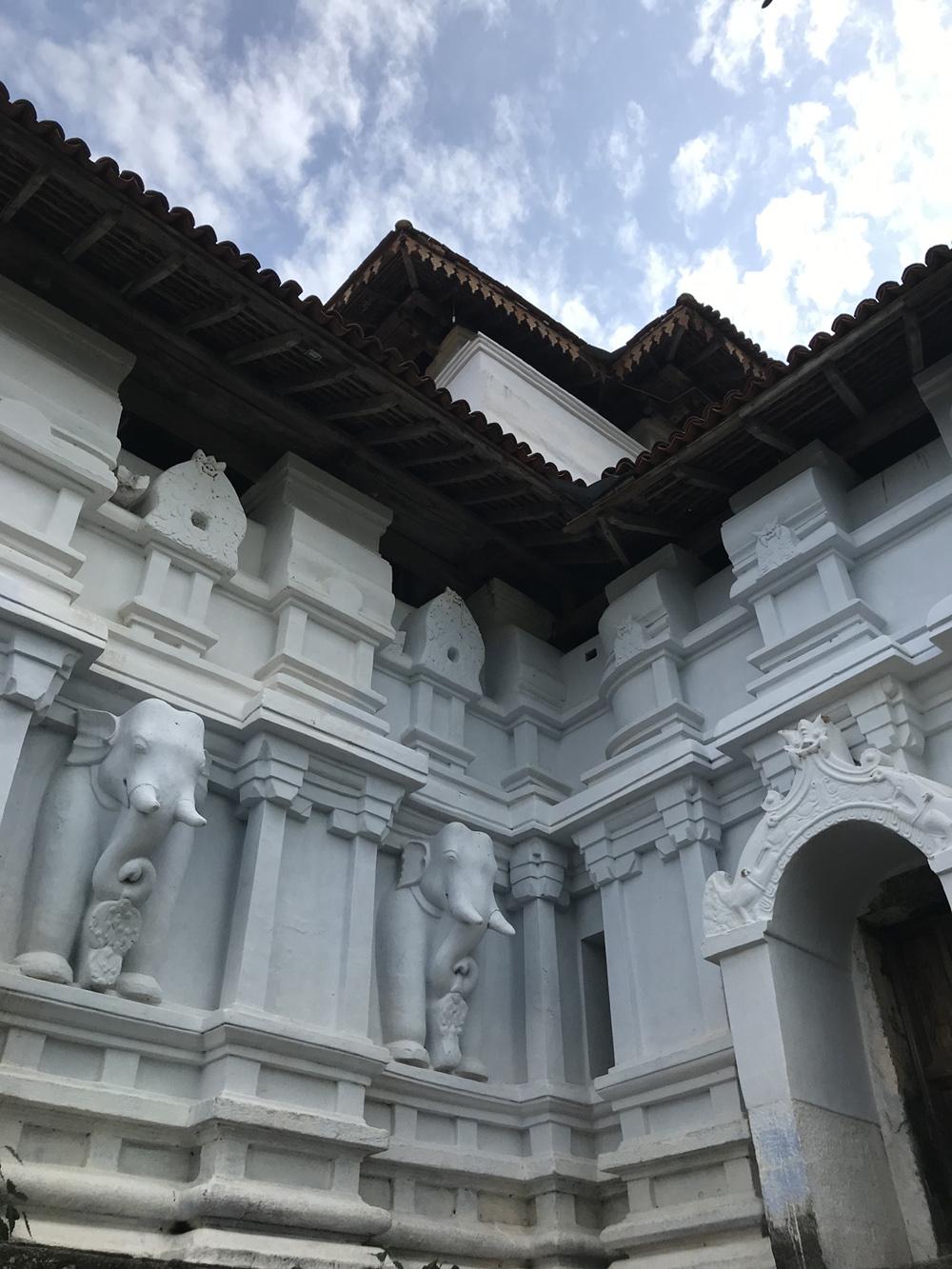 Sri Lanka Kandy Lankatilake Temple Sculpture