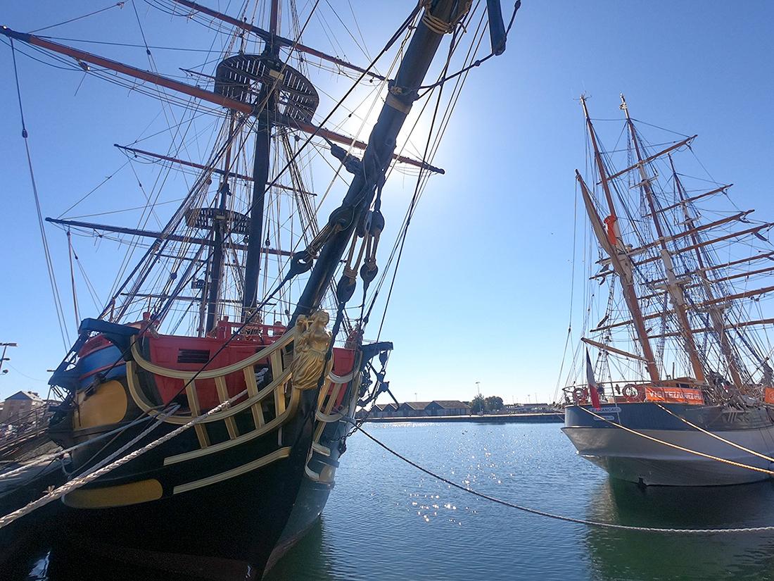 Vue des bateaux Etoile du Roy et Le Francais