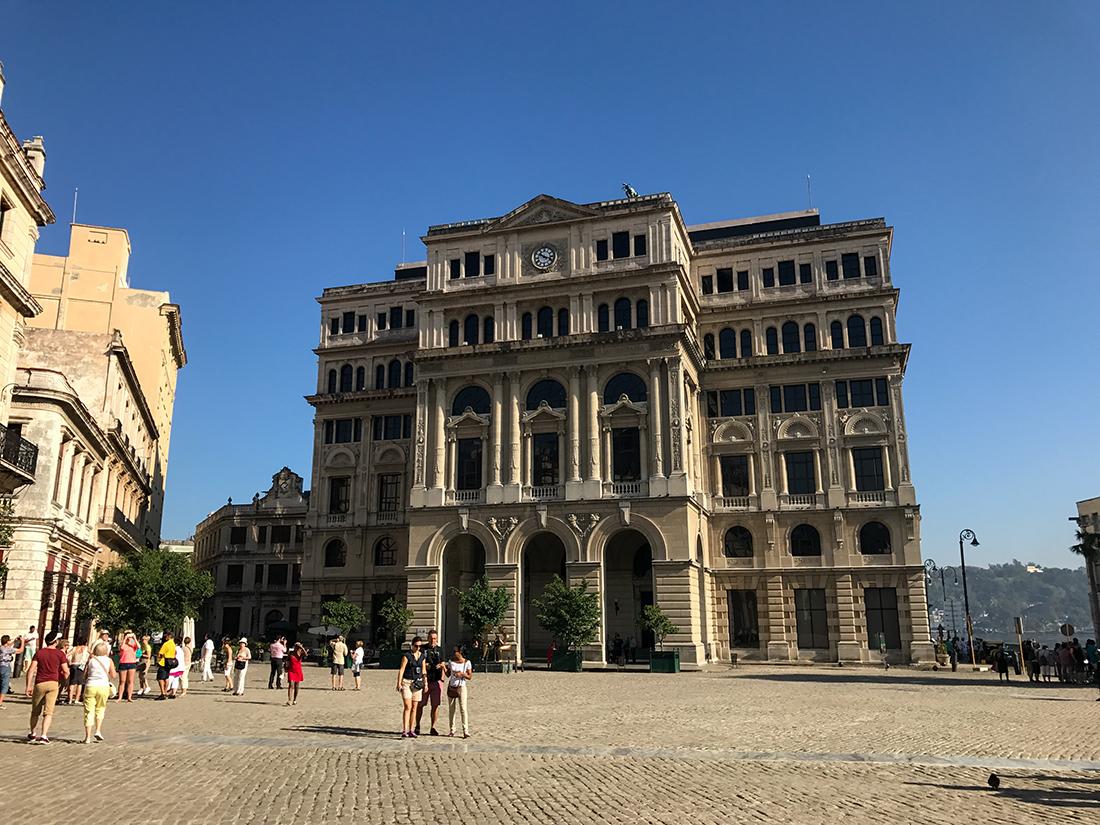 La place San Francisco à la Havane